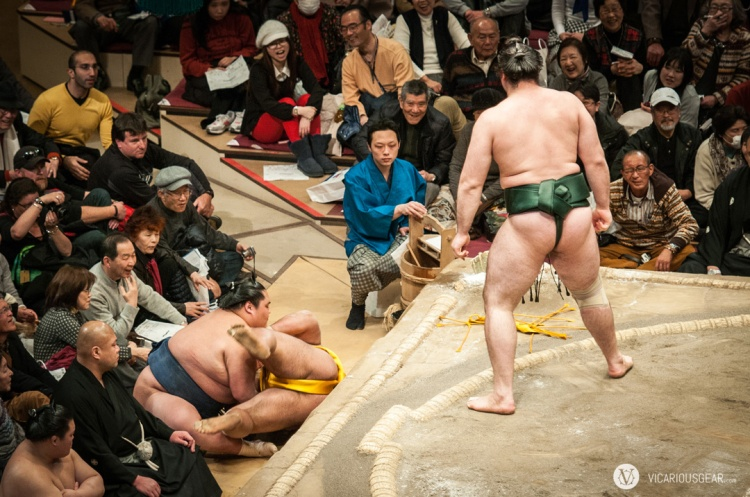 I can't imagine trying to catch the weight of a sumo wrestler.