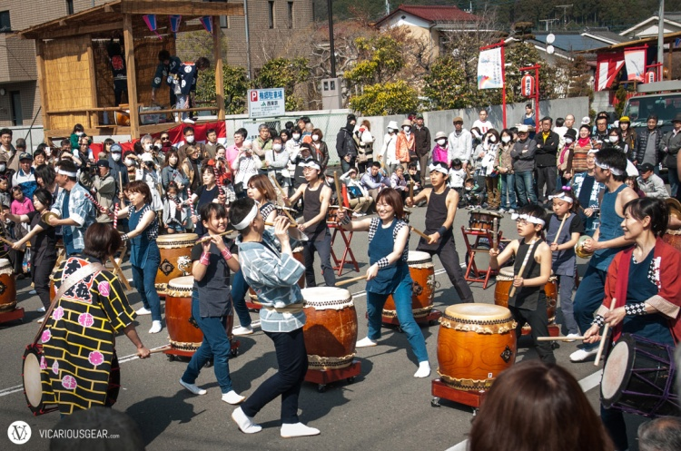This troupe of taiko drummers filled the air with steady beats.