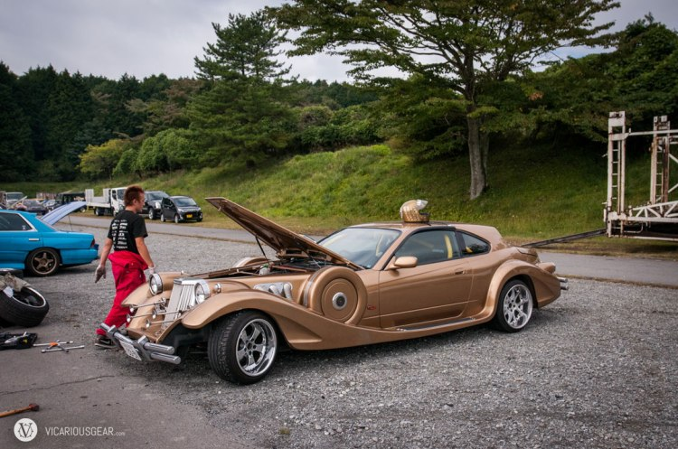 Unfortunately the Mitsuoka Le Seyde was packing up to leave and I didn't get to witness it going sideways.