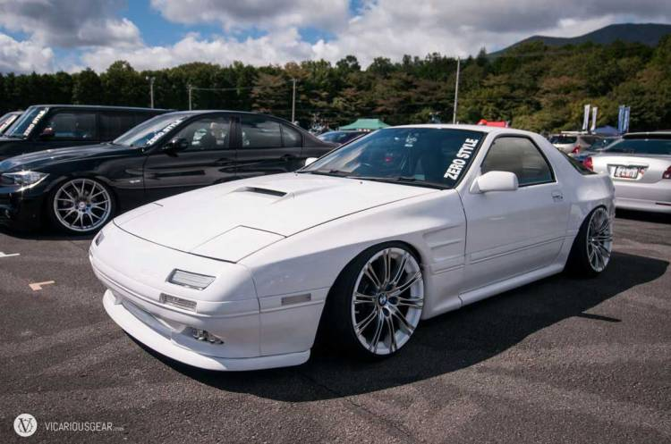 Clean FC RX7 by Zero Style.
