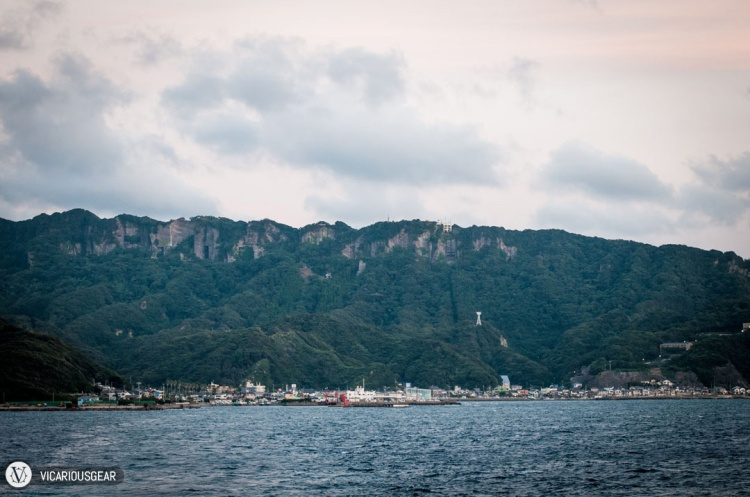 The view of Saw Tooth Mountain (鋸山) as you approach the shore.