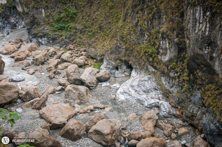 Gigantic boulders.