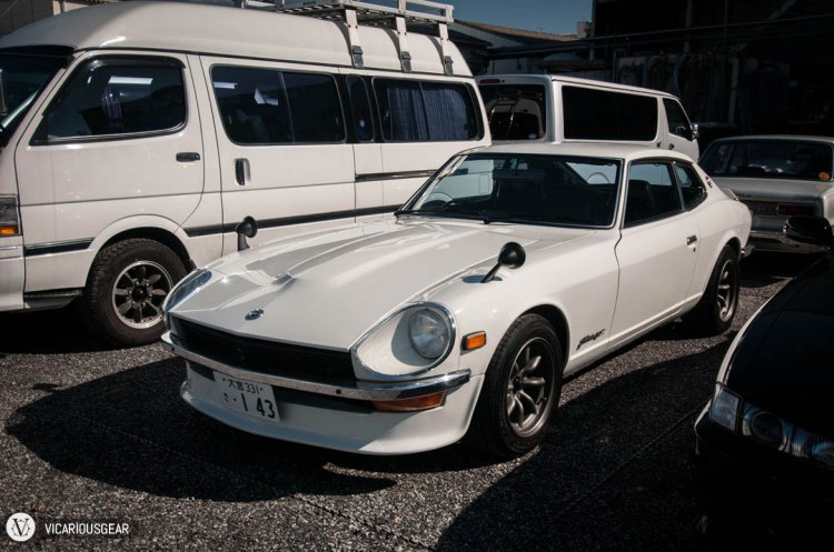 A nice and clean Fairlady Z 2+2.  The roofline has definitely grown on me since living in Japan.
